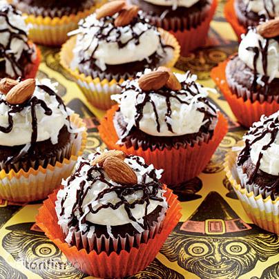 Çikolatalı Hindistan Cevizli Cupcake Tarifi